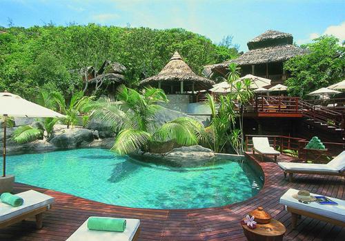 Szállások a Seychelle-szigeteken: Constance Lemuria Praslin 5*