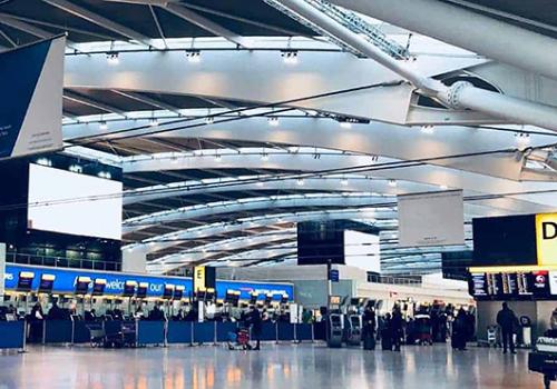 Kétmilliárd font veszteséget termelt tavaly a Heathrow repülőtér