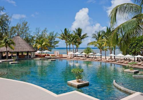 Szállások Mauritiuson: Outrigger Mauritius Beach Resort 4*
