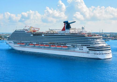 A luxushajókat üzemeltető Carnival 2,2 milliárd dolláros veszteséggel zárta az utolsó pénzügyi negye