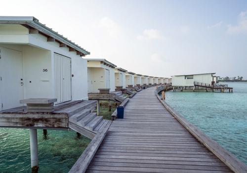 Szállások a Maldív-szigeteken: Holiday Inn Kandooma
