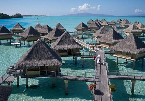 Szállások Francia Polinézián: Intercontinental Le Moana Bora Bora Resort 4*