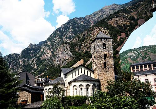 Körutazások Európában: a Pireneusok két oldala