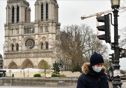 Párizs 15,5 milliárd eurót veszített tavaly a turizmus elmaradásával
