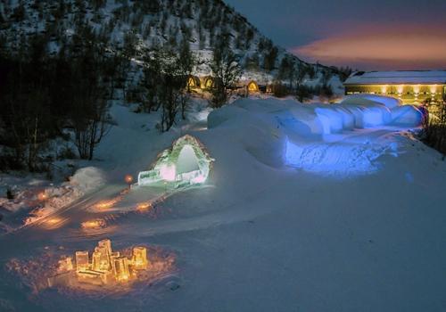 Szállások északon: Snowhotel Kirkenes jéghotel