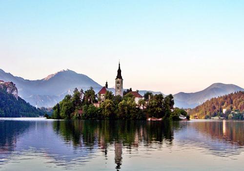 Karantén nélküli utazások: túrázások Szlovéniából