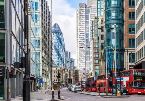 Március 8-án kezdődhet a korlátozások enyhítése Angliában
