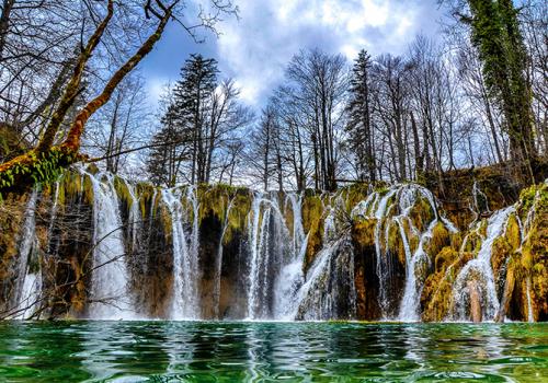A Plitvicei-tavak és az Isztriai-félsziget
