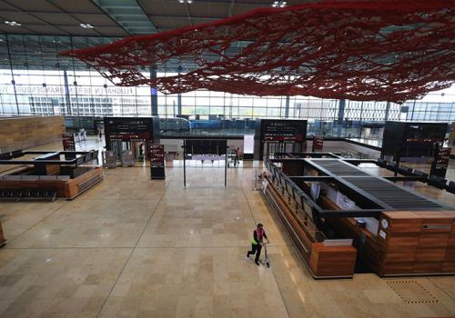 Tizedére csökkent novemberben a német repülőterek utasforgalma