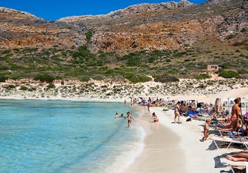 Görögország elindította a turistaszezont