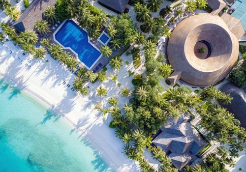 Szállások a Maldív-szigeteken: Meeru Island Resort