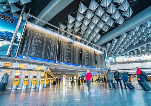 IATA: 2024-re állhat helyre a légiutas-forgalom